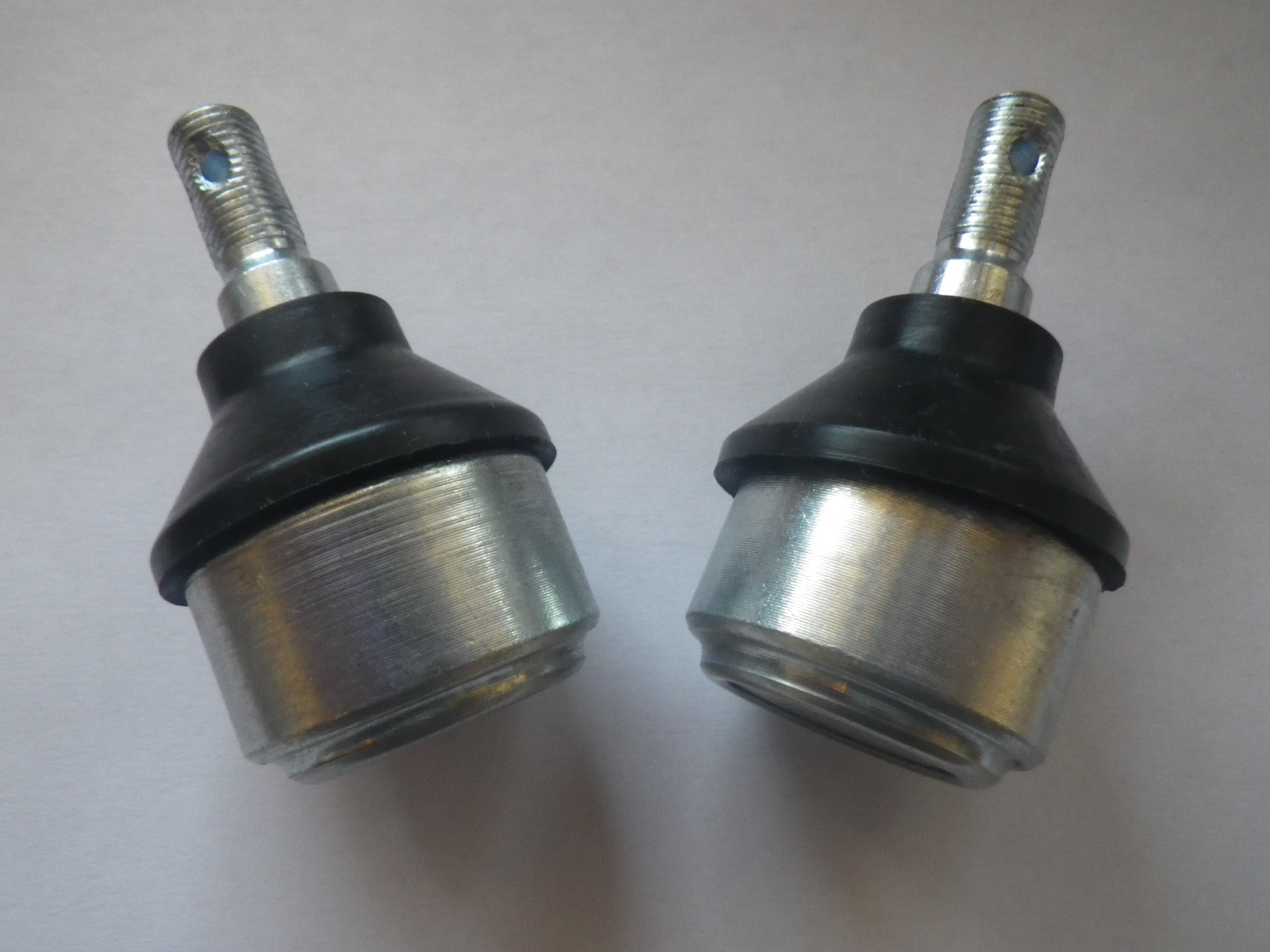 Polaris Magnum 500 4x4 2001-2002 Front Lower Ball Joint Replacement Pair